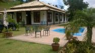 Casa em Itaipava com 04 quartos , piscina e espaço gourmet