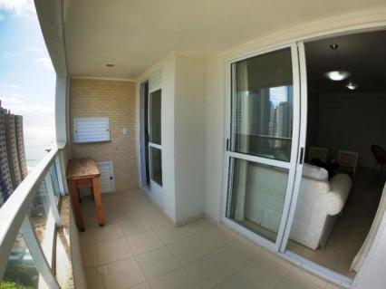 Apartamento com 3 dormitórios à venda, 138 m² por R$ 770.000,00 - Quadra Mar - Balneário C
